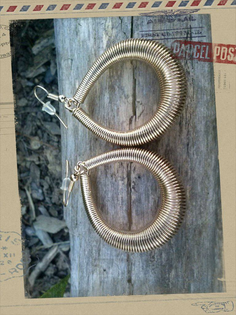 Loop Earrings Gold